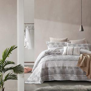 Bedsprei Dreamhouse Elegant Stripe